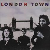 Wings : london town+poster
